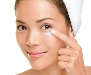 Treating-Dark-Circles-Under-The-Eyes